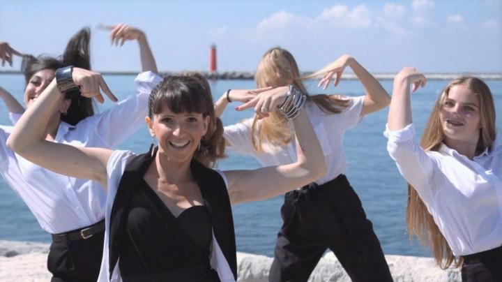 06 Eleonora Quinci - Fortunata - Official Video Diga Alberoni Venezia - Lido Oro Benon marketing territoriale